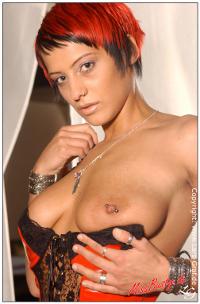 Miss Busty Pia - Lars Graf