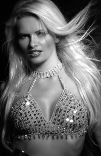 Nicoletta Blue Foto - Fotomodel-Kartei