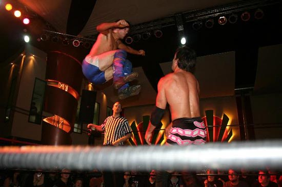 wXw Wrestler im Ring Bild