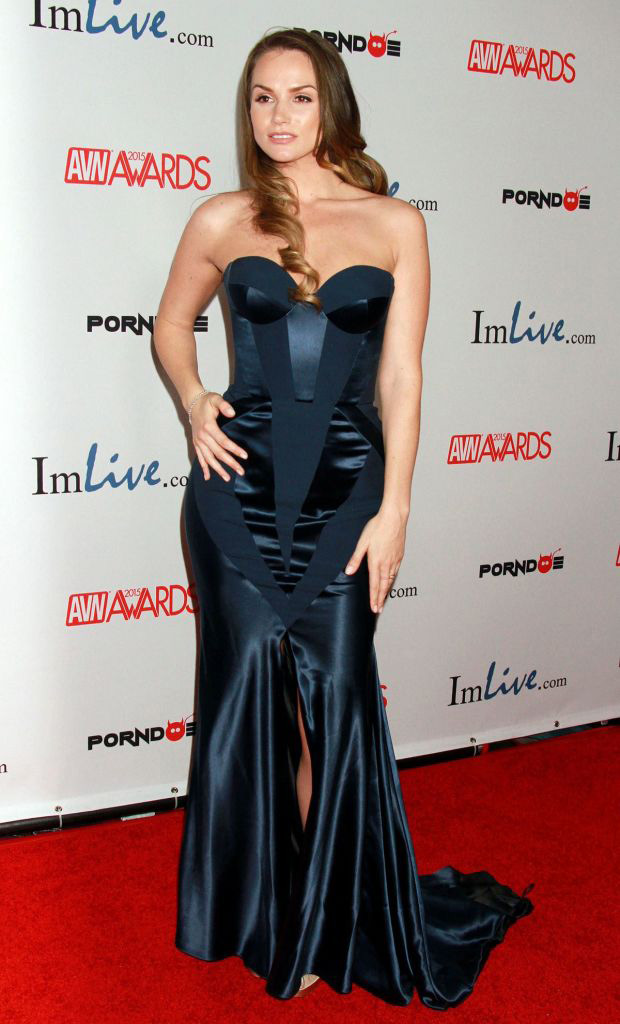 PornDoe 2015 avn awards 3